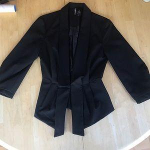 Pleated black blazer